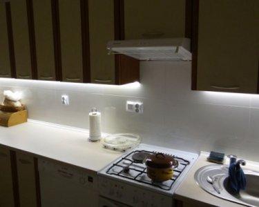 Lampa podszafkowa LED Energooszczędna Narożna 80cm