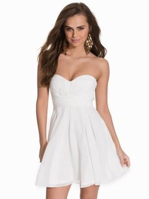 Nly One Sukienka Bez Ramiaczek Biala Roz Xs 6836999907 Oficjalne Archiwum Allegro