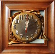 Zegar ścienny w drewnianej ramie Skórzana Tarcza