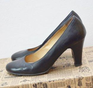 fea46444 Ryłko czarne czółenka buty skórzane na słupku 39 - 6239204758 ...