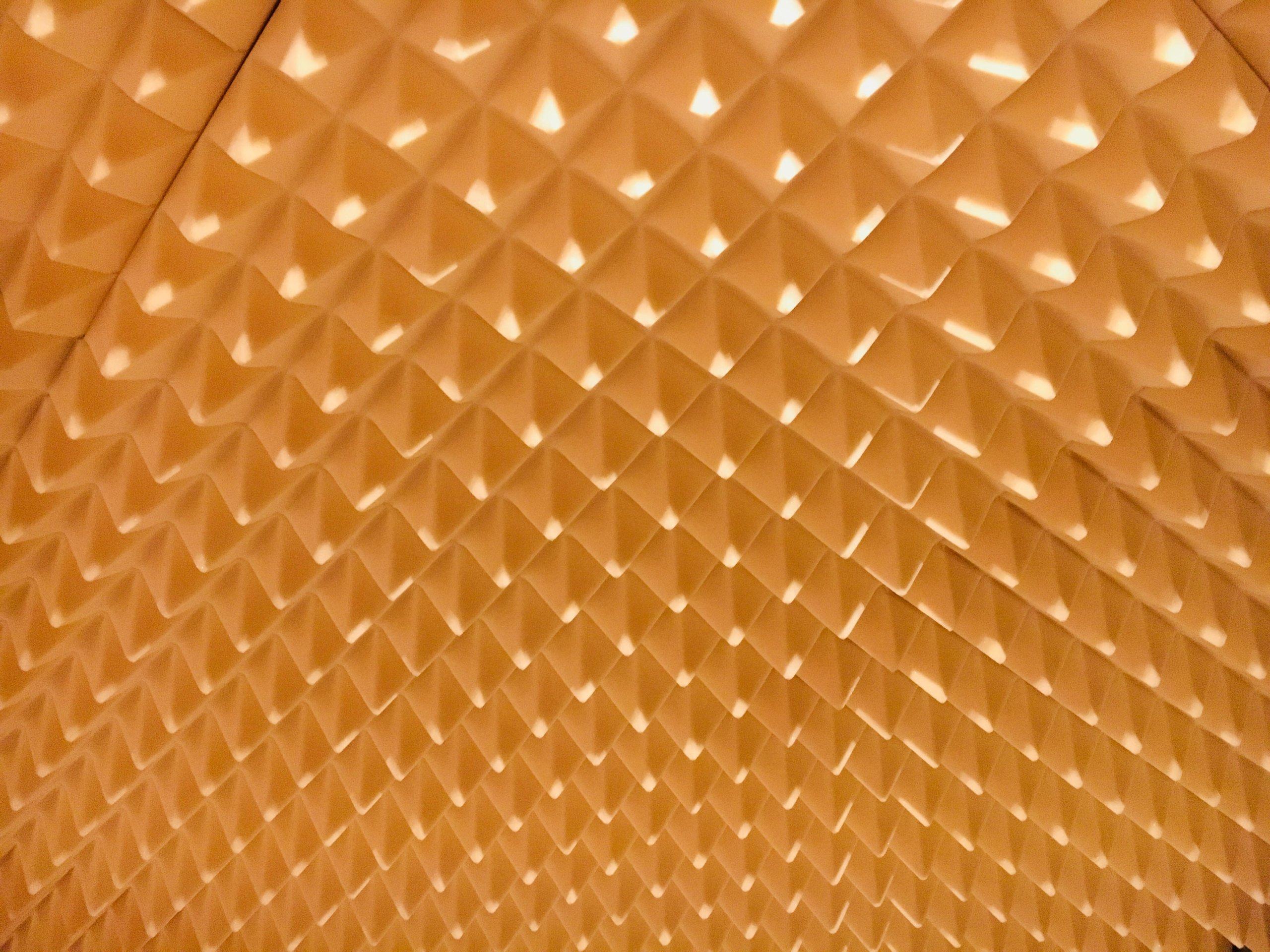 Panele akustyczne piramidki 50x50x7cm