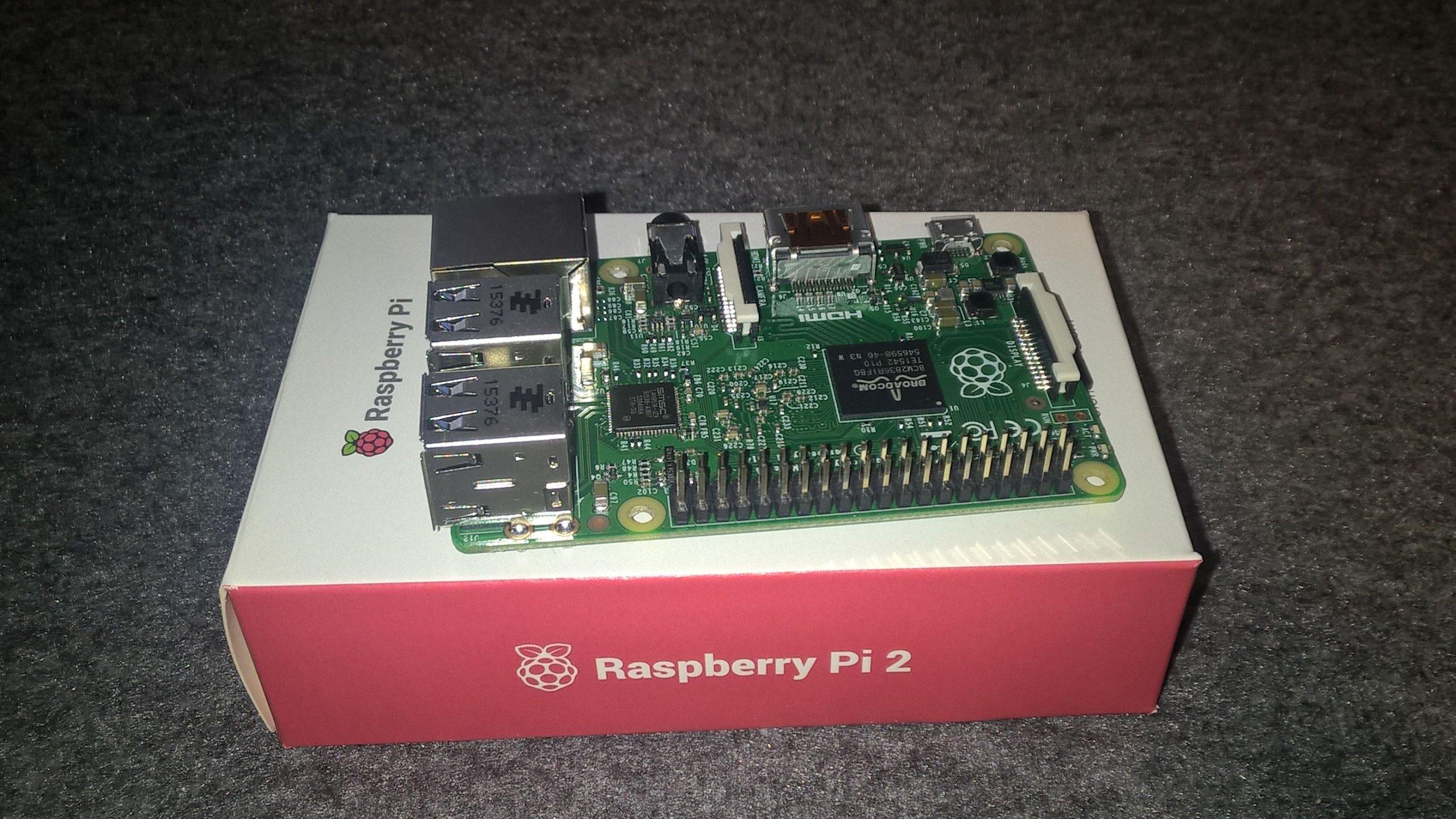 Raspberry Pi 2 B + karta WiFi