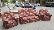 Sofa pokojowa z fotelami
