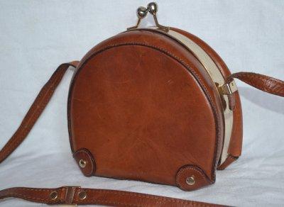 RODA świetna włoska torebka retro folk skóra