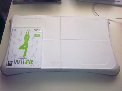 *Wii Fit + Wii Balance Board* _TopGame_