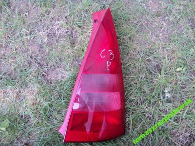 LAMPA TYLNA PRAWA CITROEN C3 2003 ROK