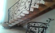stopnie drewniane, parapety, ościeżnice, łóżka