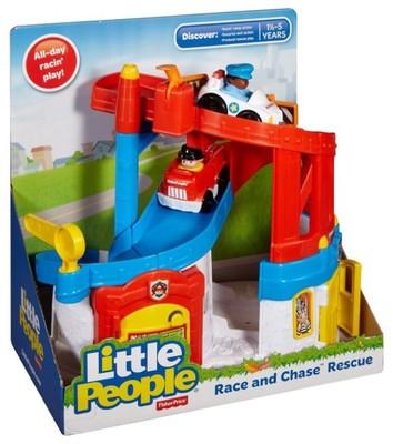 FISHER PRICE Little People garaż ,zjezdzalnia