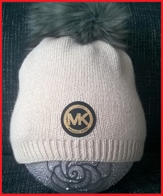 9369cbd203fe8 Czapka zimowa MK ~ MICHAEL KORS srebrna nić POMPON - 6688198167 ...