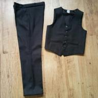 kpl spodnie garniturowe z kamizelka rozm.140GRATIS