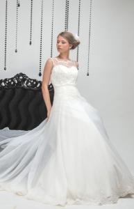 Suknia slubna Andrea kolekcja 2015, biel naturalna