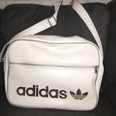 fe2312c4a9e9a Biała oryginalna torba Adidas Old School - 6902463396 - oficjalne ...