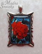 Wisiorek medalion - czerwona róża