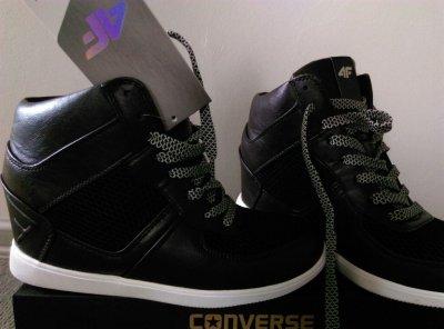 4F buty sportowe damskie na koturnie