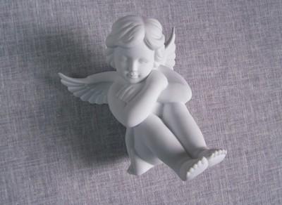 Aniołek siedzący duży Rosenthal + pudełko