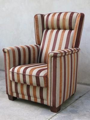 fotel stylowy uszak w paski