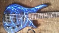 Gitara basowa Stagg BC300-5-BK/blue art, futerał
