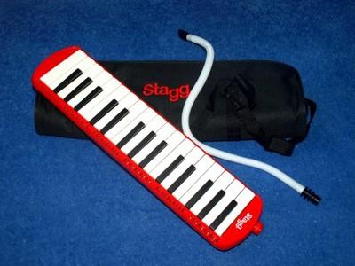Melodyka melosta Stagg - 32 klawisze, komplet.