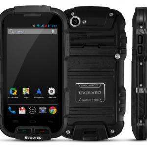 Evolveo StrongPhone Q4 Quad Core Smartphone IP 67