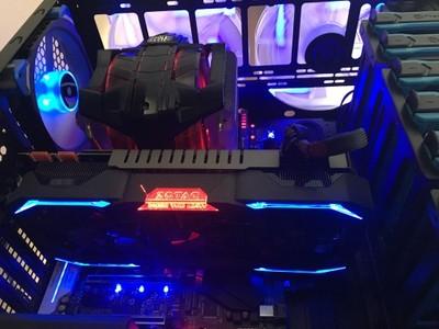 Thermaltake  i5 7600K /Gtx1080 /16 Gb /SSD Gaming