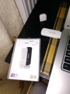 prawie nowy modem USB 3G - Alcatel Onetouch biały