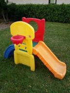 Zjeżdżalnia plac zabaw dla dziecka z koszem STEP 2