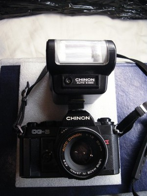 APARAT CHINON CG-5 +2 OBIEKTYWY+LAMPA +TORBA FOTO