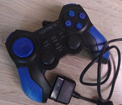 PS2 KONTROLER PAD 4GAMERS Official Option SPRAWNY