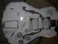 Niezwykła gitara jak Gibson jak Defil Retro
