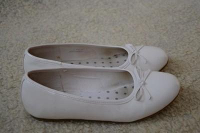 7a897dd9be Białe balerinki dla dziewczynki rozmiar 35 - 6927909503 - oficjalne ...
