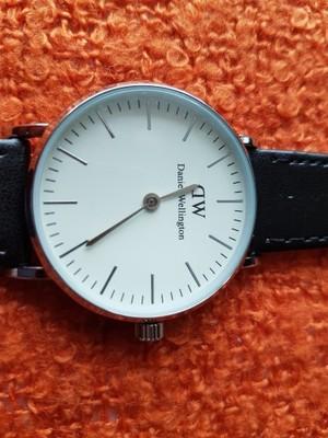 OKAZJA niepowtarzalny zegarek DANIEL WELLINGTON