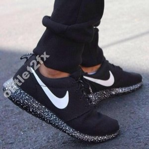 hot sale online 50f50 dec97 Nike Roshe Run Oreo Space Men 40-45 SKLEP Gw.
