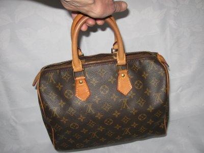 77bdc80c9cbd8 Louis Vuitton - oryginalny kuferek - numer, logo - 6140702901 ...