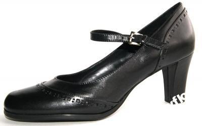 Buty Mary Jane modne buty z amerykańskimi korzeniami. Jak