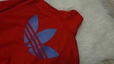 bluza adidas czerwono niebieska