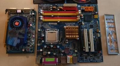 GA-945GMF-S2 + Core 2 E6320 1,86 GHz + ATI HD 3650