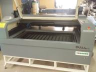 Laser dwu systemowy 2x80 W pole robocze 130x65 cm