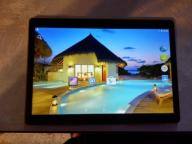 Tablet LTE, IPS Full HD 9,6 cala + etui skórzane
