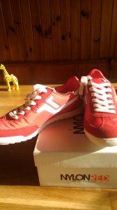 19a3445e Sprzedam nowe buty 39 sportowe CCC - 6398682119 - oficjalne archiwum ...