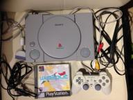 SONY Playstation 1 PSX +pad dualshock+gra WIPEOUT3