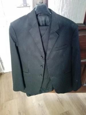 Czarny garnitur Tanio Jak Nowy 178 182